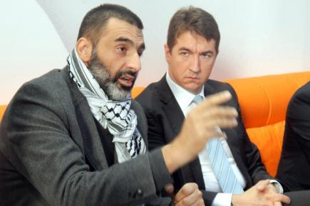 муфтија србијански Мухамед Јусуфспахић и дипломата Душан Спасојевић