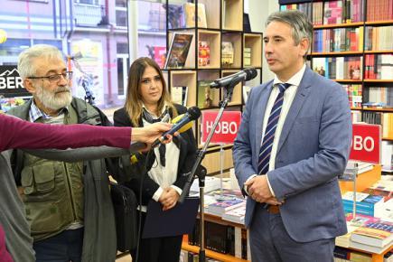 Свечано отворена Гласникова књижара у Врању